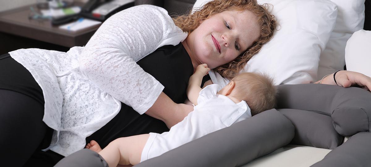 The Best & Worst Breastfeeding Positions